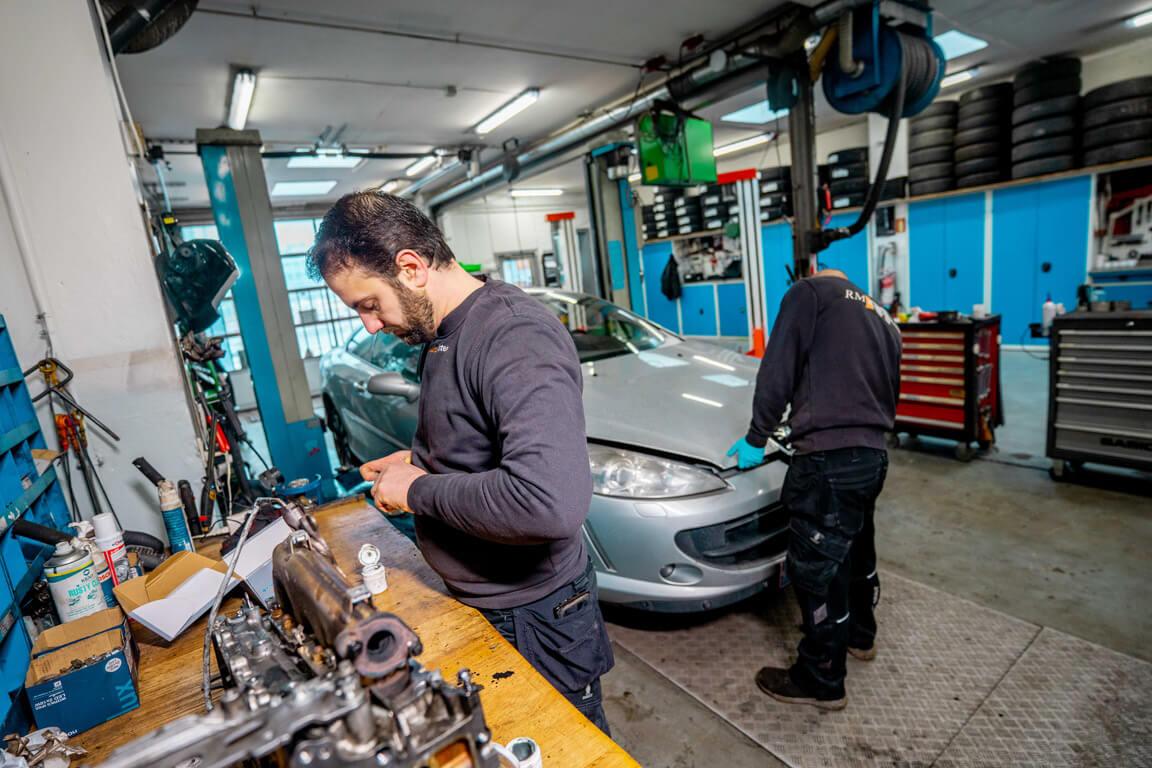 Vi servicere elbiler og hybridbiler